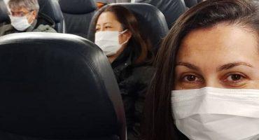 Indira e demais passageiros no embarque em aeronave da FAB | Arquivo Pessoal